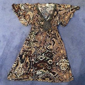 Patterned brown dress
